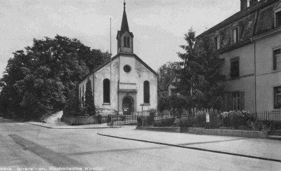 Kapelle Aussenansicht gegen den Hardwald